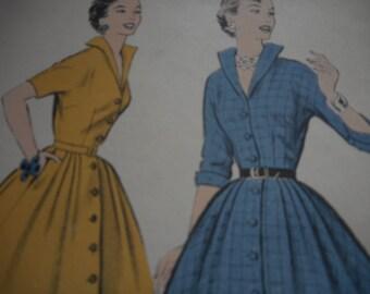 Vintage 1950's Advance 8239 Dress Sewing Pattern Size 15 Bust 36