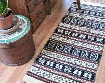Vintage Mexican Rug, Mexican Wool Table Runner, Southwestern Wall Hanging, Earth-tone Rug, Boho Wool Rug, Geometric Rug, Southwestern Decor