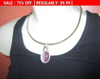 SALE Vintage silvertone collar necklace with pendant