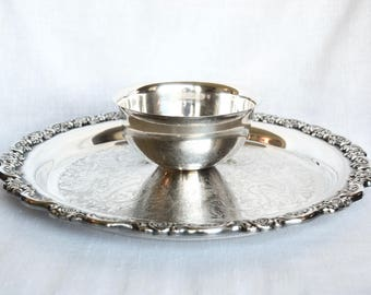 Vintage Oneida silver plate chip and dip...silver plate tray with sauce bowl...veggie tray...sauce bowl with attached tray.