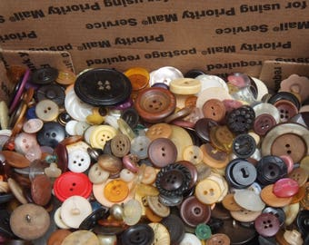 Sm Flat Rate box full of Vintage Craft Buttons 13