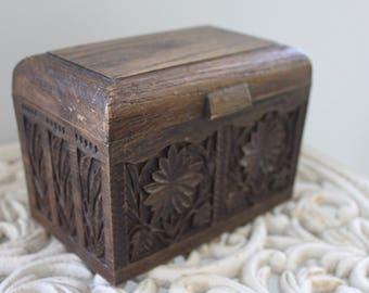 Vintage 1970's Recipe Box, Lerner Recipe Box, Lerner Card File, Boho Office,Carved Wood Desk Organizer, Faux Wood Box, Boho Box with Lid