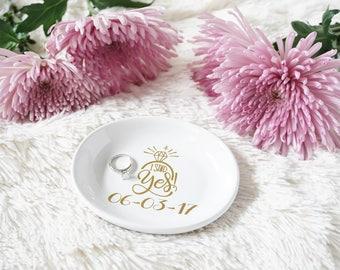 Engagement Gift - Engagement Ring Dish - Gift for Friend - Newly engaged Gift - Gift for Wife - Ring Dish - Custom Ring Dish