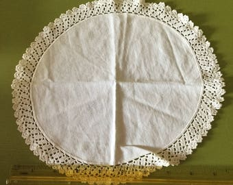 """Vintage 10"""" Round Ivory Linen Doily-Lace Edging"""