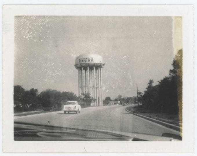 "Vintage Polaroid Snapshot Photo: ""Welcome to Cocoa"" [Florida] Water Tower Thru Windshield c1950s-60s  (79607)"