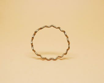 New wave -Modeling bronze bracelet