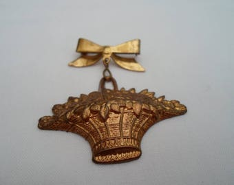 Bow and basket of flowers brooch