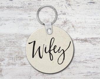Wifey Round Keychain Key Chain