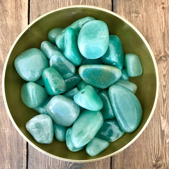Tumbled Green Aventurine, Tumbled Gemstones, Natural Green Aventurine, Green Aventurine Crystal, Polished Stones, Green Crystals