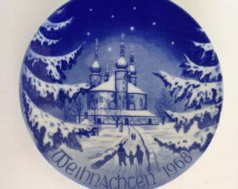 Vintage Bareuther Christmas Plate 1968, Blue and White Collector Plate, Bavarian China, Beautiful Plate Excellent Condition in Box
