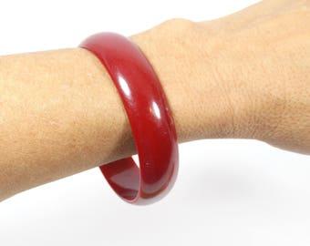 Lucite Dark Red Wide Bangle, Vintage 1960s Maroon Dark Red Bracelet Bangle