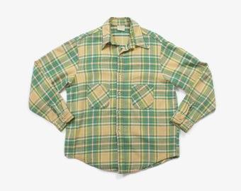 Vintage 70s PLAID SHIRT / 1970s Men's Heavy Weight Cotton Work Shirt XL