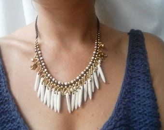 Handmade lovely bohemian beaded necklace with long beads and brassy material