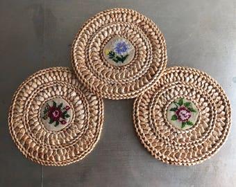 vintage set of 3 embroidered straw trivets flowers