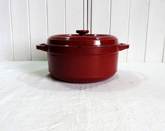 Fontignac, vintage french, casserole or Dutch oven in a gorgeous cherry red.