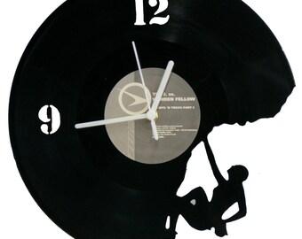 Climbing F Vinyle Clock