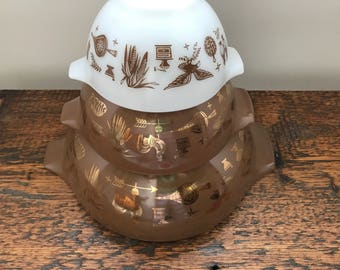Vintage Pyrex Americana Mixing Bowls /Nesting/Cinderella Bowls / Americana Brown, White and Gold 441, 442, 444