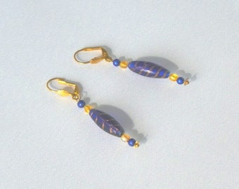 "Earrings ""Discreet"" blue and golden yellow"