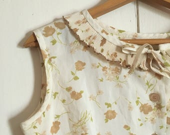 1960's/70's cream floral dress with ruffle collar
