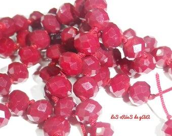 16 x deep red facet glass beads