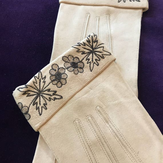 1920s gloves suede leather gloves floral leaf embroidery cuff beige grey 20s shorties small 5 6 Art Deco