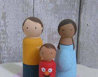 Peg Doll Family, Peg Dolls, Peg doll family portrait, Personalised Peg Family, Family keepsake, Custom Family of 3 Peg Dolls, Peg Family
