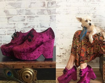 JULY FLASH SALE Vintage Festival Fuchsia Platform Disco Glam Lace Up Shoes    Size 7 to 7.5