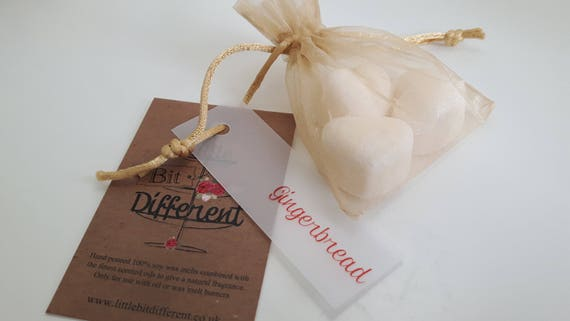 Christmas wax melts. Gingerbread scented wax melts.   Vegan eco friendly soy wax melts.  vegan melts for oil burners.  Made in Wales