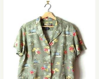 ON SALE Vintage Pale Green Hawaiian Slouchy Blouse from 90's/Hawaiian Shirt*