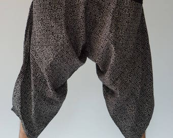 HC00 Elastic waist Samurai Pants  - elastic waistband and cuffs - Fits all!  Unisex pants These beautiful casual pants is unique & co