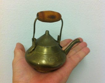 Vintage Miniature tea pot, brass teapot, children toy miniature teapot, miniature brass teapot, girl toy, teapot collector