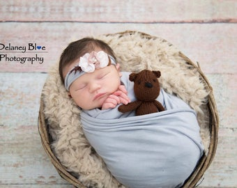 Teddy Bear Prop - Baby Bear Prop - Knitted Teddy Bear - Tiny Teddy Bear - Baby Bear - Newborn Photo Prop - Baby Shower Gift - New Baby Gift