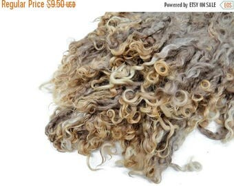 SALE Prime Kid Mohair wool locks hand picked and seperated, colour taupe/reddish tips