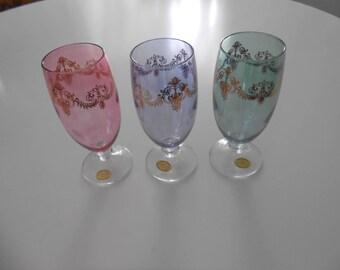 6 Beautiful Handblown 24kt Gold Trim Glasses