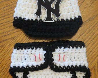 Newborn BASEBALL Set READY to SHIP, New York Yankees Hat and Diaper Cover Set, Newborn photo props, shower gift, baby boy, photo props