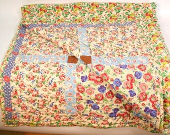 Hand Stitched Quilt, Vintage Floral Quilt, Vintage Handmade Quilt, Vintage Christmas Quilt, Vintage Throw Blanket, Red and Blue Blanket