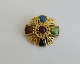 Traditional Celtic Style Brooch. Vintage Scottish Brooch.