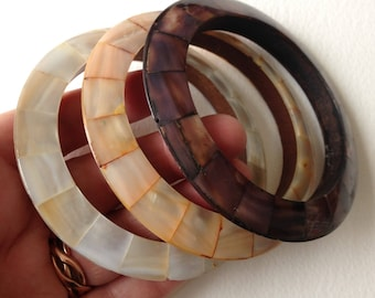 Bangles - trio of mother of pearl shell bangles complmentary shades