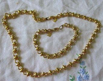 """New Old Stock 22K Gold Plated PIERRE CARDIN SET Ladies 7 1/2"""" Bracelet & 18"""" Necklace Hang Tags Attached Collectible All Occasion Gift"""