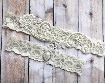 Lace wedding garter set, lace garter set, lace bridal garter, bridal garter, bridal garter set, ivory garter set, wedding garter ivory