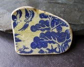 Large Blue Willow Pattern Pottery Shard / Birds