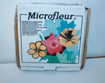 "Microfleur Microwave Flower Press 5.5"" x 5.5"" Unused  Made by Beeline Product"