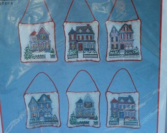 BucillaVictorian Houses ornament kit #82749 counted cross stitch  Makes 6 ornaments