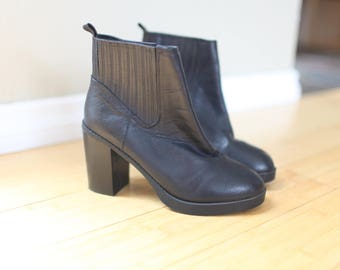 vintage black ankle boots  booties womens 7 1/2