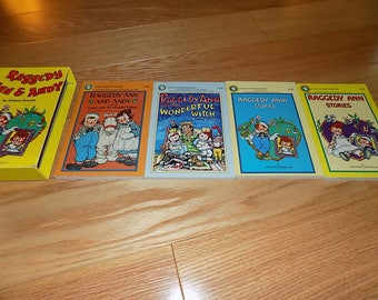 Raggedy Ann & Andy Johnny Gruelle Picture Books Children's Stories Bobbs Merill Compnay Inc Boxed Set Story book