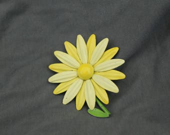Vintage Enamel Yellow flower Pin
