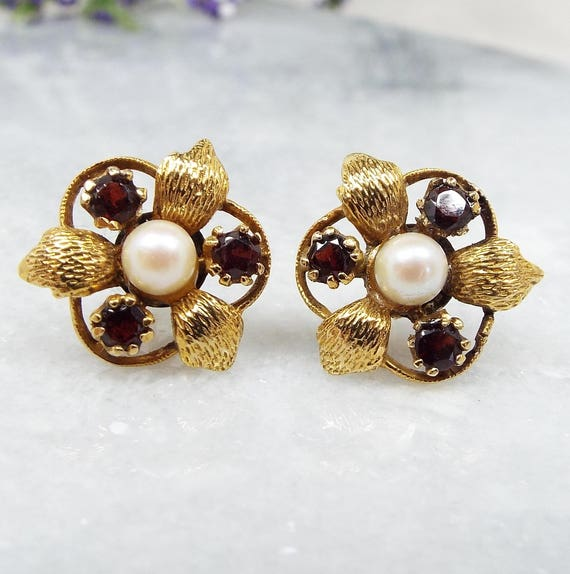 Antique / Art Nouveau 9ct Yellow Gold Red Garnet and White Pearl Stud Earrings