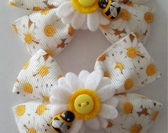 Sunflower Daisy hair bows x 2 plait set with bumble bee details