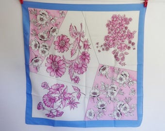 "Vintage Italian Flower Floral Scarf  25.9"" x 26.7"""