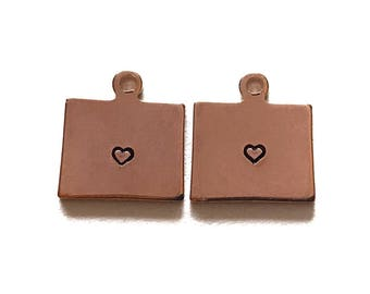 2x Rose Gold Plated Wyoming State Charms w/ Hearts - M132/H-WY
